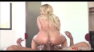 hot big tits and ass cheating wife fucks black masseuse