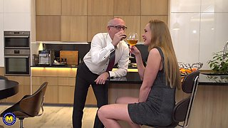 Mature MILF in high heels Nika pounded doggy style in the kitchen