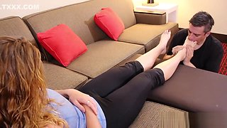 FWA - Beauty Holly's Footmassage and Worship