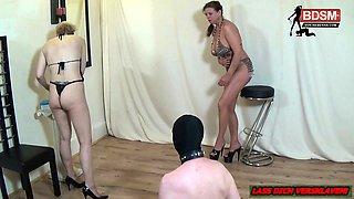 German amateur femdom in fetish session with nylon slave