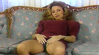 Incredible white blonde hotties on the couch share a long dildo
