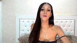 Big boobs brunette swallowing jizz