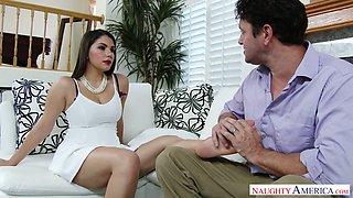 Legendary blowjob by Italian busty seductress Valentina Nappi