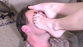 Nikki Angel Kissed Feet Smother