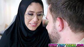 hot muslim teen angel del rey puts out