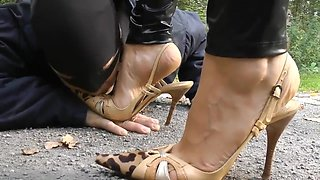 Goddess femdom adventure - crawl at my feet - Goddess Leyla