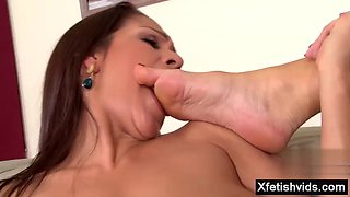 brunette pornstar foot with cumshot